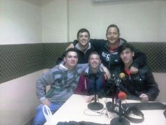 Las Voces Mil Rayitas por AM 1050